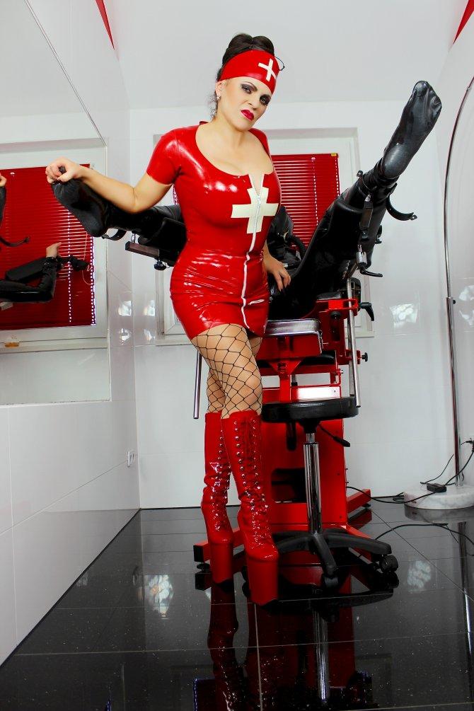 Bizarre_Klinik,Dr.Louisa-von-Luxe, Breath_Control.jpg